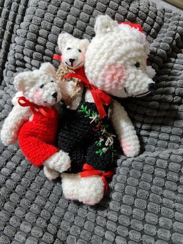 Ručně háčkovaný medvěd 06