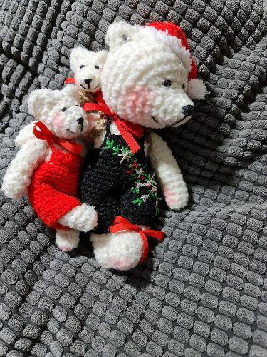 Ručně háčkovaný medvěd 08