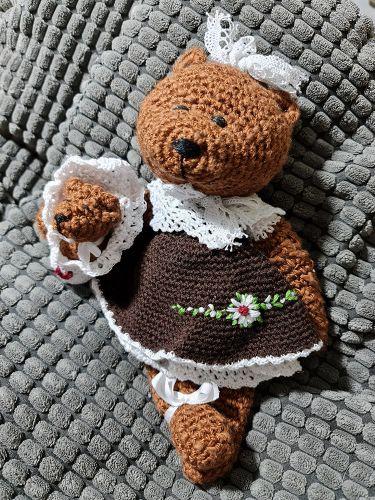 Medvědice s miminkem 02