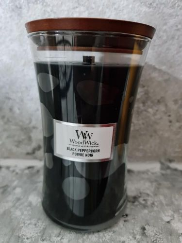 Svíčky kulaté velké s praskajícím knotem 609,5 g - Black Peppercon