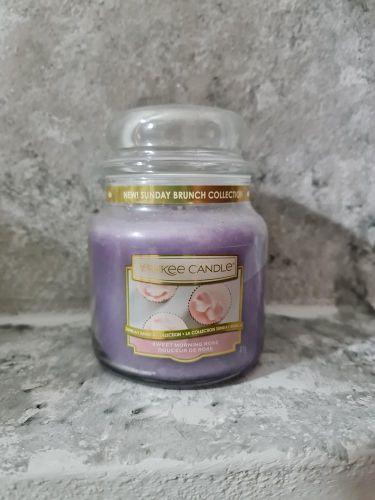 Svíčky střední kulaté 411 g - Sweet Morning Rose