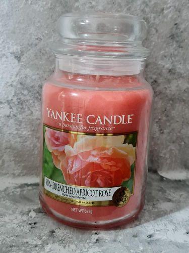 Svíčky vonné kulaté 623 g - Sun-Drenched Apricot Rose